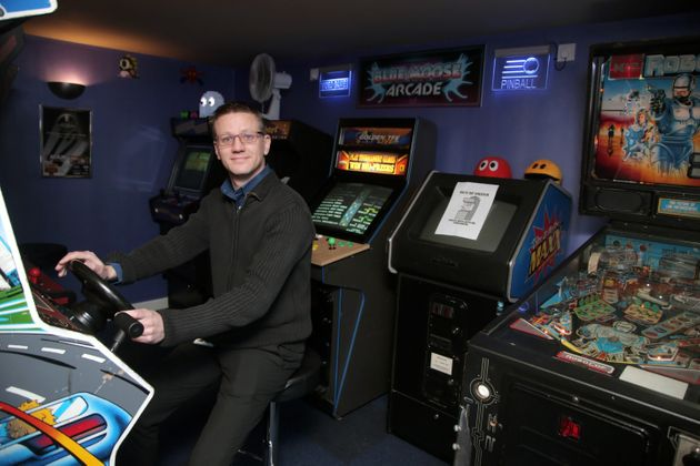 Retro Computer Games Fan Builds Ultimate Homage To Arcades In His
