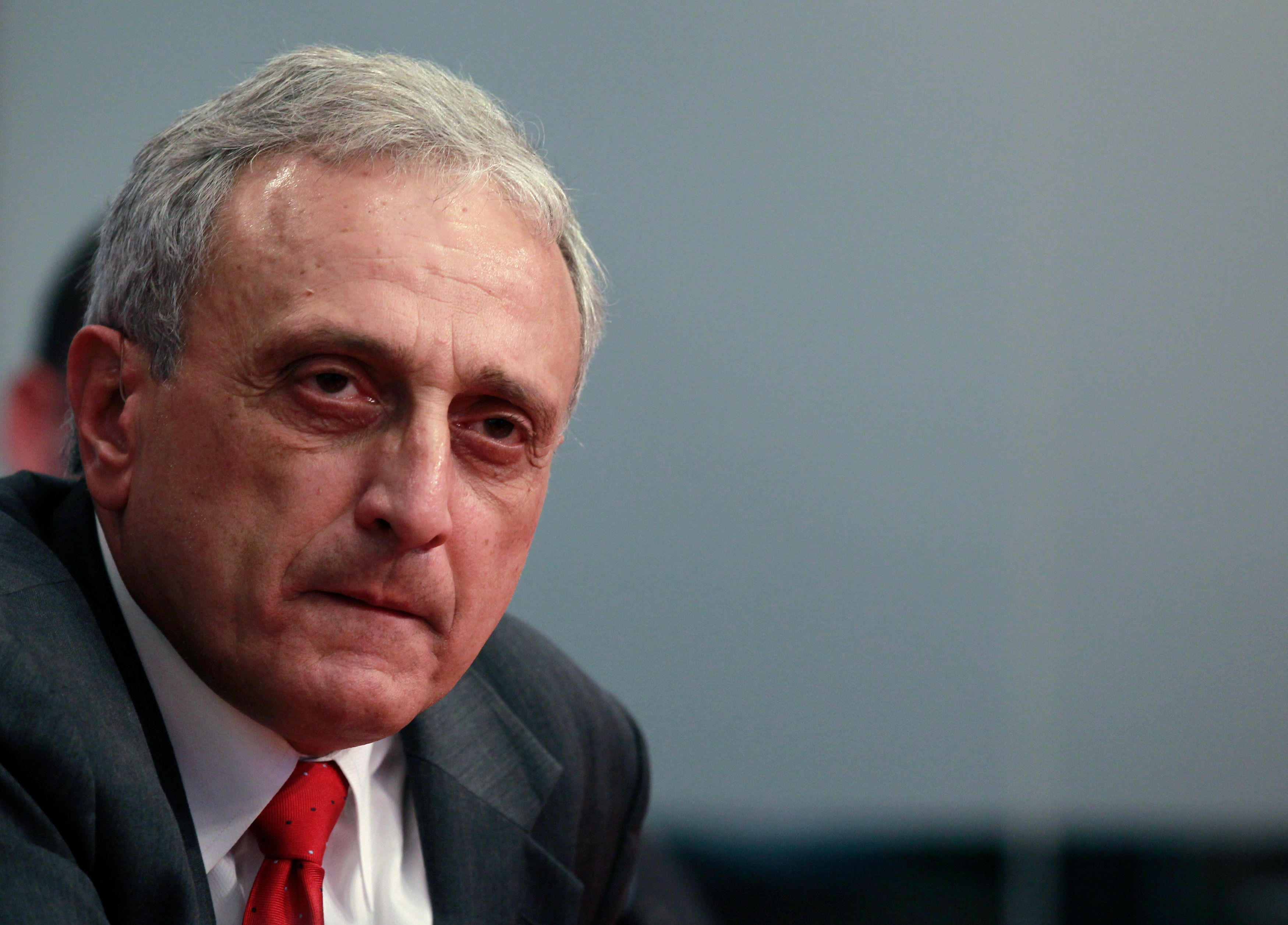 New York State Republican gubernatorial candidate Carl Paladino speaks to Reuters in New York October 21, 2010. REUTERS/Brendan McDermid (UNITED STATES - Tags: POLITICS HEADSHOT ELECTIONS)