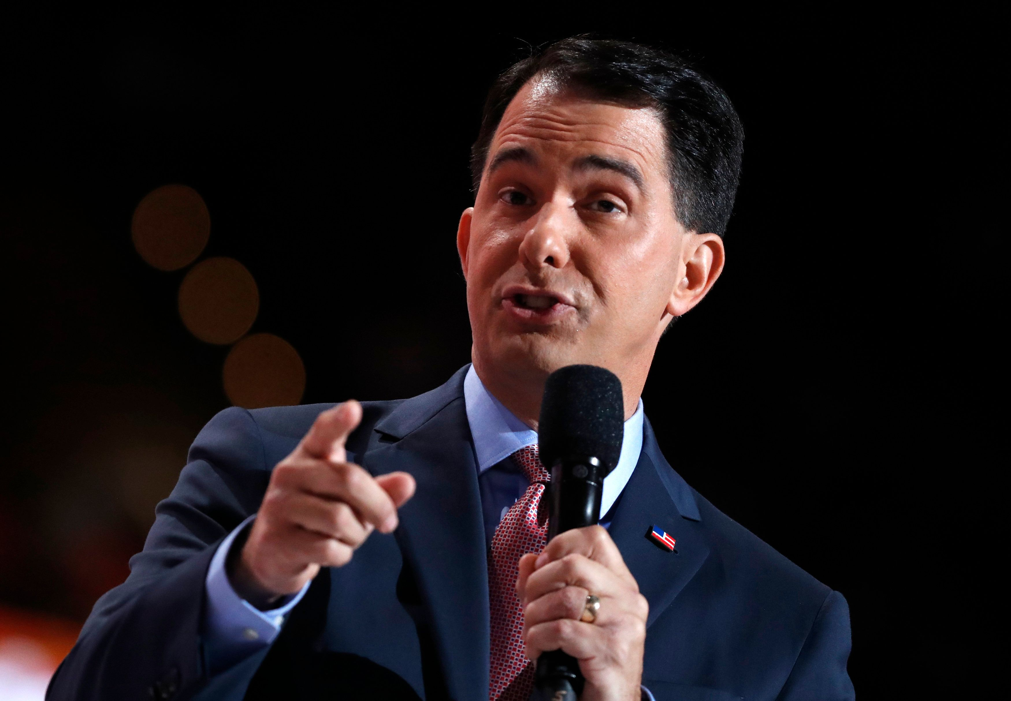 Former Republican U.S. presidential candidate and current Wisconsin Governor Scott Walker speaks during the third day of the Republican National Convention in Cleveland, Ohio, U.S. July 20, 2016.  REUTERS/Mark Kauzlarich
