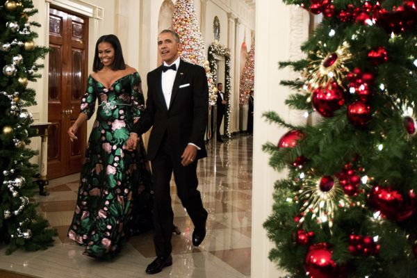 """<a href=""""http://www.huffingtonpost.com/entry/michelle-obama-kennedy-center-honors_us_5845978fe4b028b323385c73"""">Wearing Gucci"""