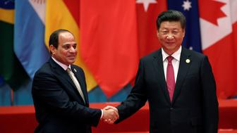 Chinese President Xi Jinping shakes hands with Egypt's President Abdel Fattah al-Sisi during the G20 Summit in Hangzhou, Zhejiang province, China September 4, 2016. REUTERS/Damir Sagolj
