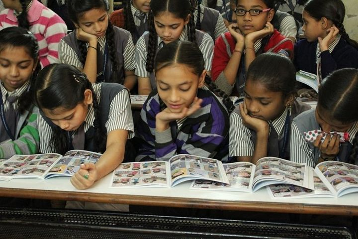 Using colorful comics with friendly characters, the Menstrupedia books make it easier for girls, their parents and teachers t