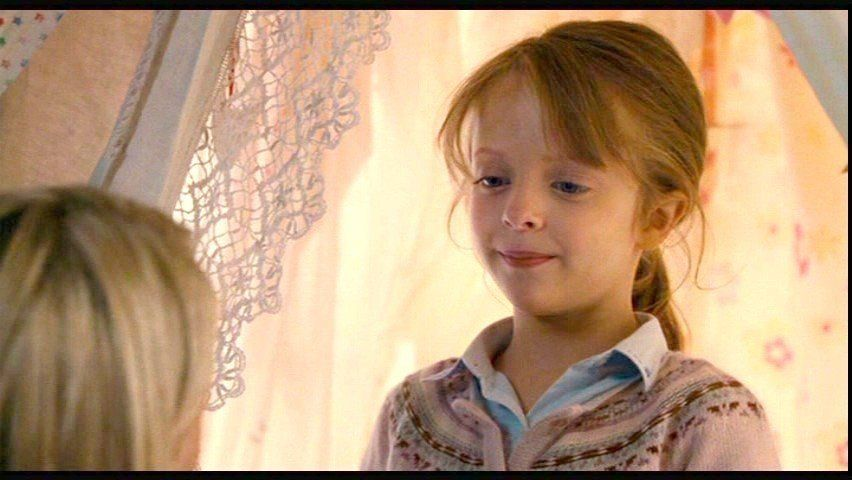 Sophie From 'The Holiday' Is All Grown