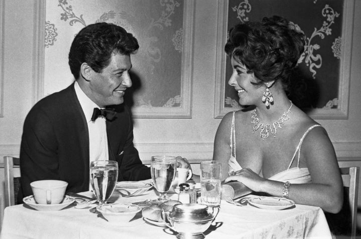 Eddie Fisher and Elizabeth Taylor make plans for their 1959 Las Vegas wedding.