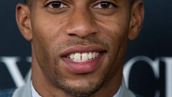 "Football player Victor Cruz attends HBO's New York premiere of the documentary ""Beyonce - Life is But a Dream"" in New York February 12, 2013. REUTERS/Andrew Kelly (UNITED STATES - Tags: ENTERTAINMENT SPORT FOOTBALL HEADSHOT)"