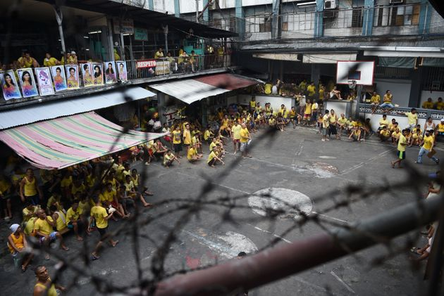 A crowded Manila