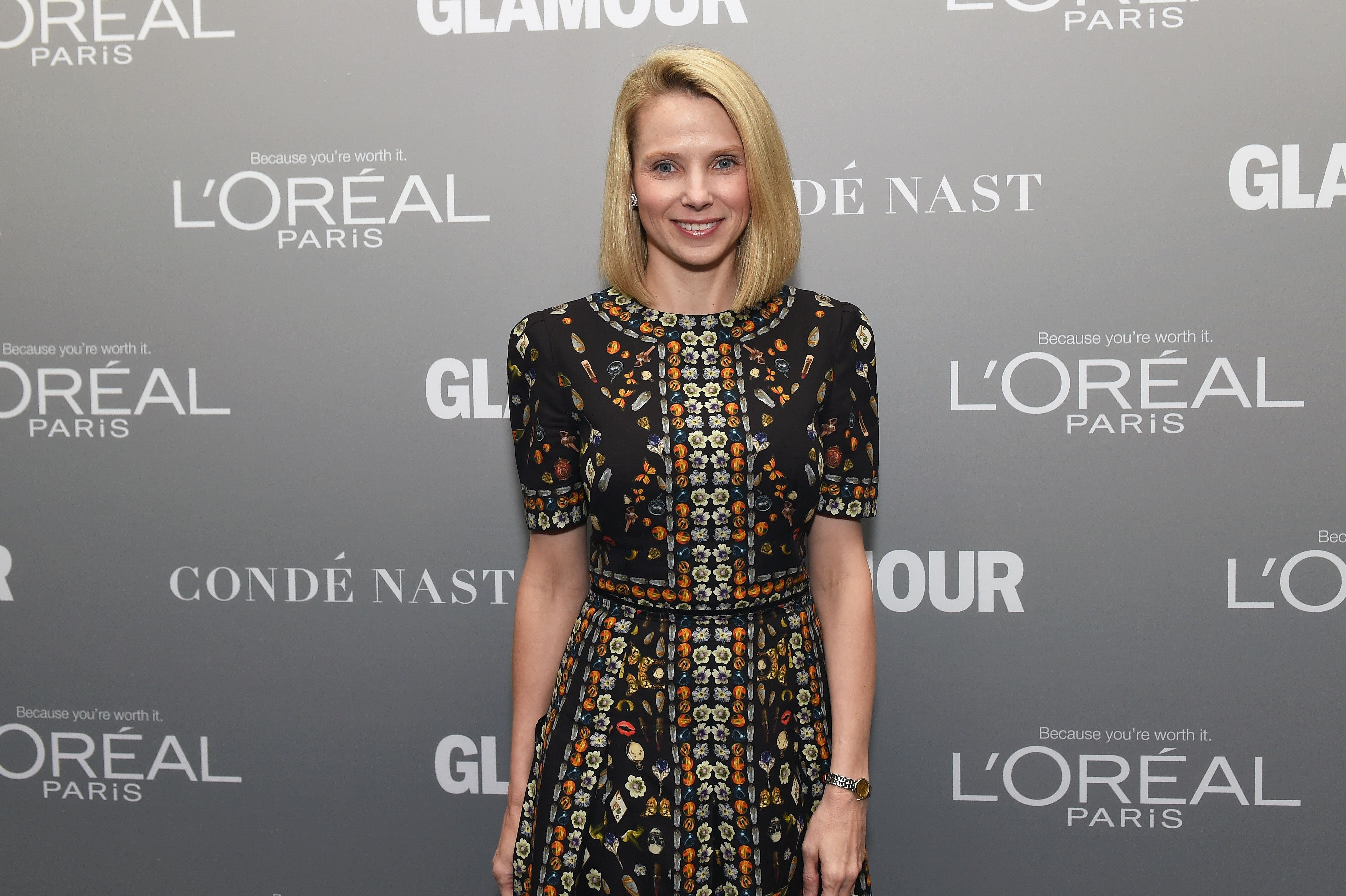 LOS ANGELES, CA - NOVEMBER 14:  President and CEO Yahoo! Marissa Mayer poses backstage during Glamour Women Of The Year 2016 LIVE Summit at NeueHouse Hollywood on November 14, 2016 in Los Angeles, California.  (Photo by Emma McIntyre/Getty Images)