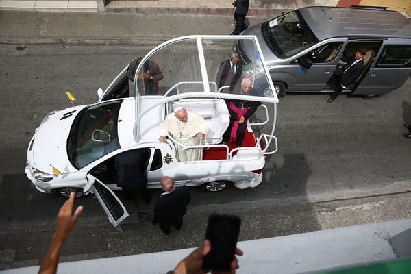 SANTIAGO DE CUBA, CUBA - SEPTEMBER 22:  Pope Francis prepares to drive away in his Popemobile after leaving the cathedral whe