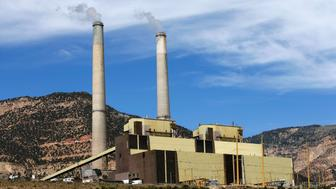 HUNTINGTON, UT - JUNE 3: The Huntington Power plant operated by PacifiCorp produces electricity on June 3, 2016 outside Huntington, Utah. The EPA announced new restrictions on the Huntington and Hunter coal fired power plants in Utah to help reduce pollution and haze at several National Parks in the area. (Photo by George Frey/Getty Images)