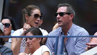 NEW YORK, NY - SEPTEMBER 10: Christy Turlington and husband Ed Burns attend the women's final at Arthur Ashe Stadium on day 13 of the 2016 US Open at USTA Billie Jean King National Tennis Center on September 10, 2016 in the Queens borough of New York City. (Photo by Jean Catuffe/GC Images)