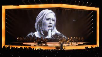 MEXICO CITY, MEXICO - NOVEMBER 14:  Singer/songwriter Adele performs on stage at Palacio De Los Deportes on November 14, 2016 in Mexico City, Mexico.  (Photo by Victor Chavez/Getty Images)