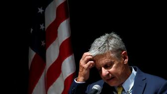U.S. Libertarian presidential candidate Gary Johnson delivers a foreign policy address at the University of Chicago in Chicago, Illinois, U.S., October 7, 2016.    REUTERS/Jim Young