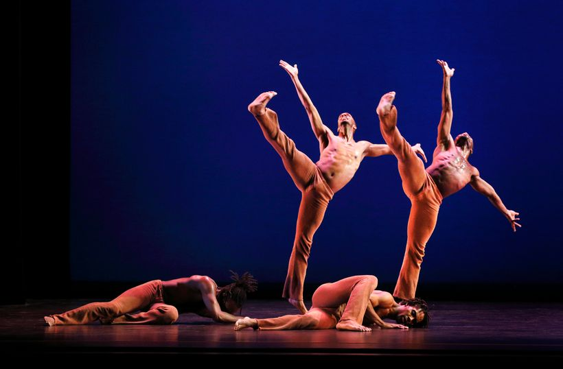 Dayton Contemporary Dance Company in Donald McKayle's <em>Rainbow </em>'<em>Round My Shoulder</em>