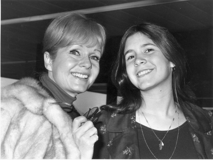Debbie Reynolds and Carrie Fisher in 1972.