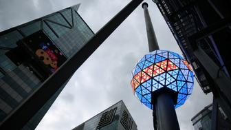 The New Year's Eve Ball on top of One Times Square is tested in Manhattan, New York City, U.S. December 30, 2016. REUTERS/Stephen Yang
