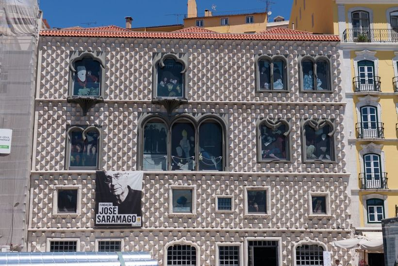 The façade of Casa dos Bicos, home of the José Saramago foundation