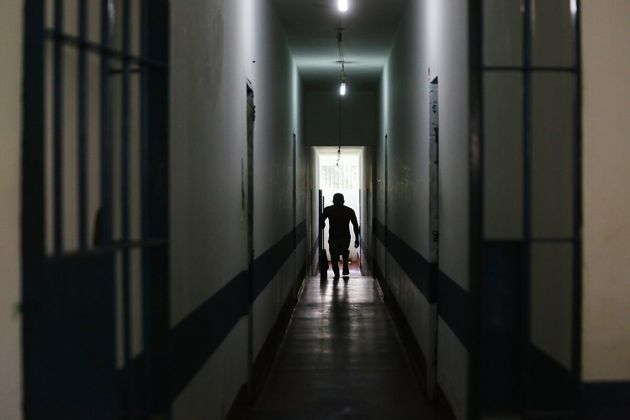 A detainee walks in the Anisio Jobim penitentiary complex on June 24, 2015 in Manaus, Amazonas state,
