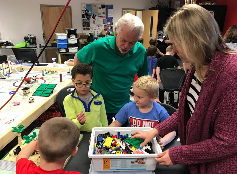 <strong>LEGO League Jr. students learn to code &amp; build autonomous robots using Legos </strong>