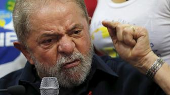 Former Brazilian President Luiz Inacio Lula da Silva gives a statement to the media after being detained for questioning in a federal investigation of a bribery and money laundering scheme in Sao Paulo, Brazil, March 4, 2016. REUTERS/Paulo Whitaker/File Photo     TPX IMAGES OF THE DAY