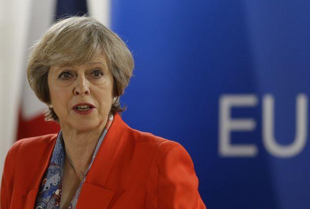 UK's EU Ambassador Sir Ivan Rogers Quits Ahead Of Brexit