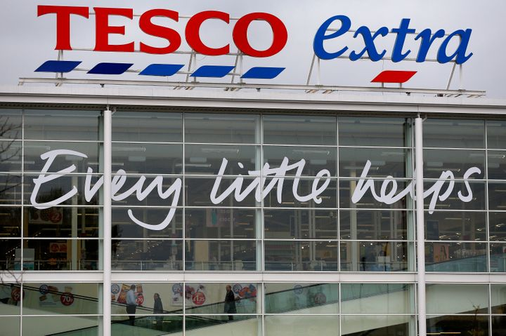 British supermarket Tesco has announced it will cut the cost of women's razors by half.