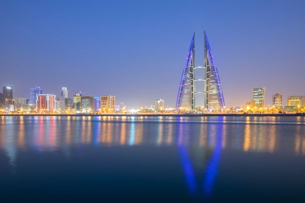 In Bahrain, 65percent of expats getan annual allowance for trips home, according to the survey.