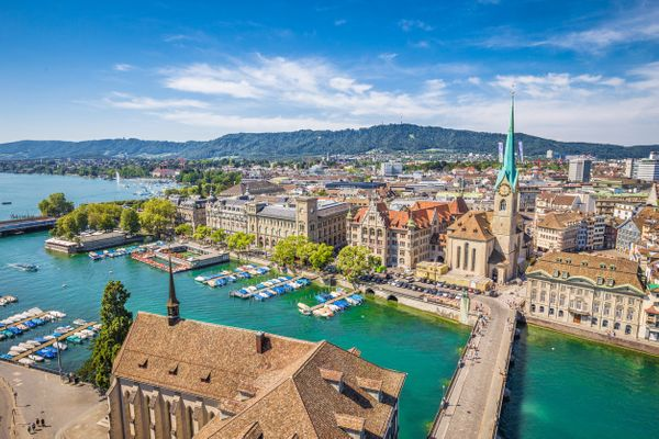 Among survey respondents, the average annual expat income in Switzerland was$188,275 USD, almost twice the global expat