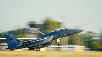 A U.S. Air Force F-15E Strike Eagle from the 48th Fighter Wing lands at Incirlik Air Base, Turkey, November 12, 2015. Six F-15Es are deployed in support of Operation Inherent Resolve and counter-ISIL missions in Iraq and Syria. Picture taken November 12, 2015. REUTERS/USAF/Airman 1st Class Cory W. Bush/Handout via Reuters  THIS IMAGE HAS BEEN SUPPLIED BY A THIRD PARTY. IT IS DISTRIBUTED, EXACTLY AS RECEIVED BY REUTERS, AS A SERVICE TO CLIENTS. FOR EDITORIAL USE ONLY. NOT FOR SALE FOR MARKETING OR ADVERTISING CAMPAIGNS