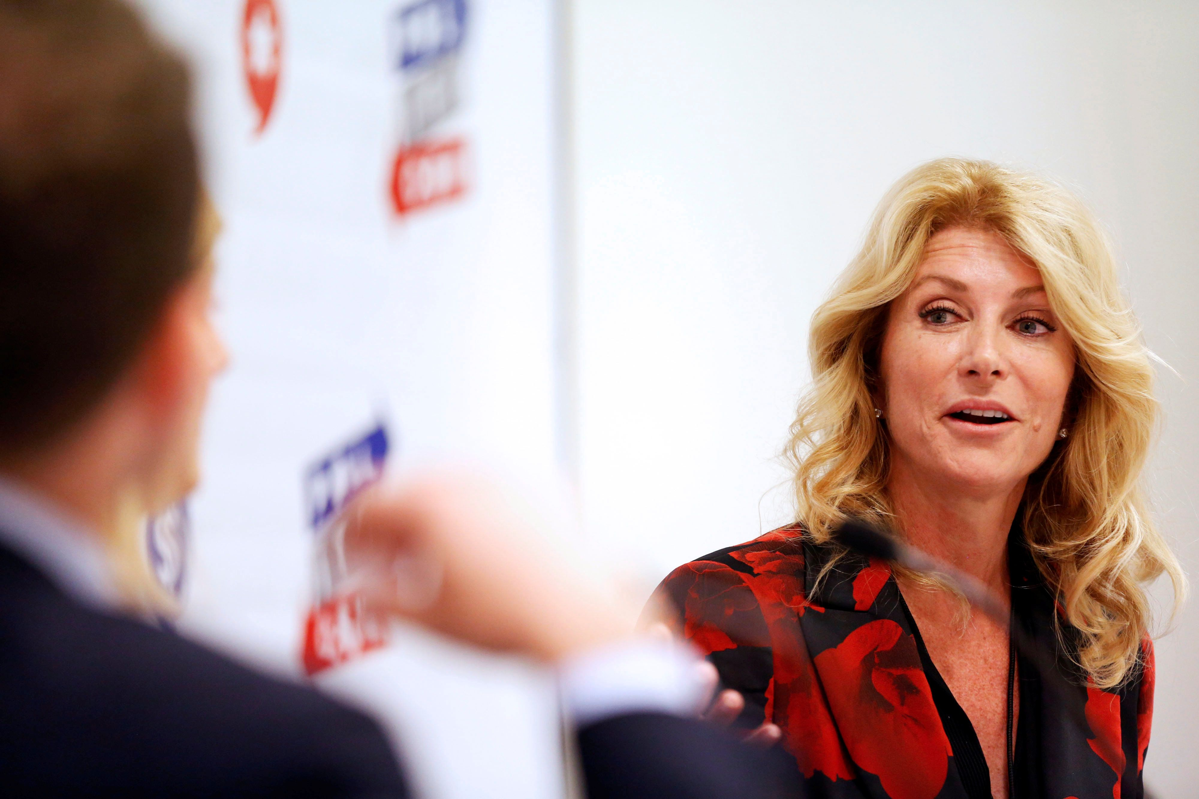 "Former Texas state Senator Wendy Davis speaks during the ""Politicon"" convention in Pasadena, California, U.S. June 25, 2016.  REUTERS/Patrick T. Fallon"