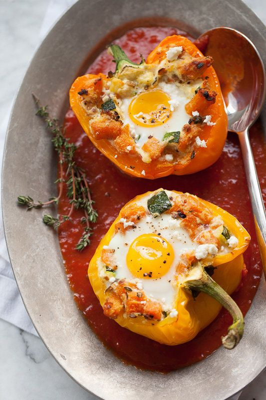 "<strong>Get the <a href=""http://www.foodiecrush.com/baked-eggs-in-stuffed-peppers/"" target=""_blank"">Baked Eggs In Stuffed Pep"