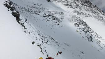 Climbers walk towards camp four from camp three at Everest, in this picture taken on May 19, 2016. Phurba Tenjing Sherpa/Handout via REUTERS ATTENTION EDITORS - THIS IMAGE WAS PROVIDED BY A THIRD PARTY. EDITORIAL USE ONLY. NO RESALES. NO ARCHIVE.