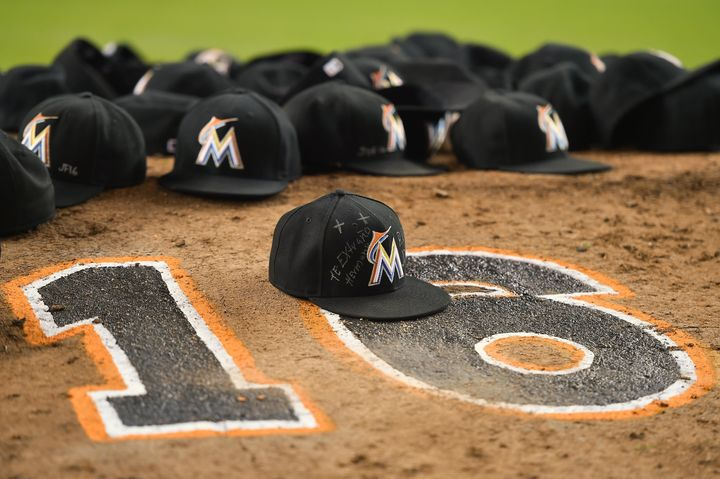 Sep 26, 2016; Miami, FL, USA; Hats of the Miami Marlins lay on the pitchers mound after the game to honor teammate starting p