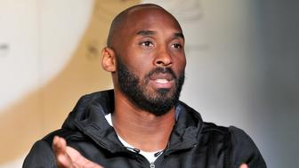 LOS ANGELES, CA - NOVEMBER 01:  Kobe Bryant hosts a Kobe A.D. event at MAMA Gallery on November 1, 2016 in Los Angeles, California.  (Photo by Allen Berezovsky/Getty Images)