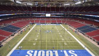 ST. LOUIS, MO - DECEMBER 21: A wide interior view of the Edward Jones Dome prior to a game between the St. Louis Rams and the New York Giants at the Edward Jones Dome on December 21, 2014 in St. Louis, Missouri. (Photo by Michael Thomas/Getty Images)