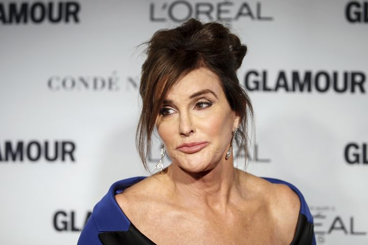 Transgender reality TV star Caitlyn Jenner is facing a new wave of criticism after praying with ananti-LGBT-rights past