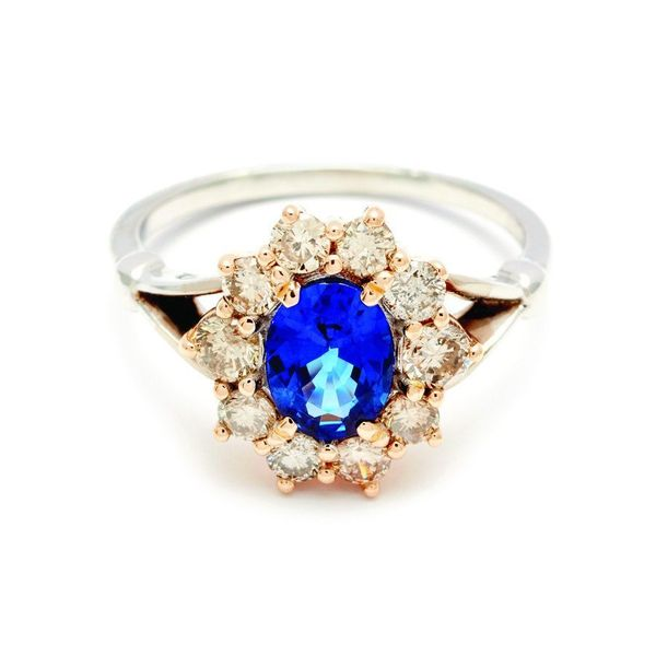 15 Beautiful Engagement Rings That Are The Very Best Something Blue