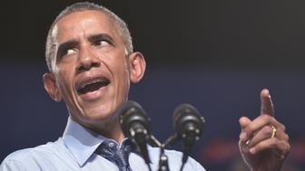 US President Barack Obama speaks at Macomb Community College in Warren, Michigan on September 9, 2015. AFP PHOTO/MANDEL NGAN        (Photo credit should read MANDEL NGAN/AFP/Getty Images)