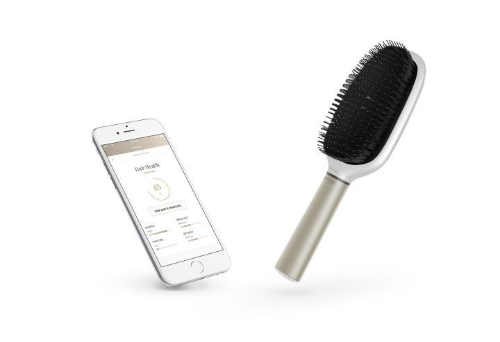 This Smart Hairbrush Actually Tells You When Your Hair Is