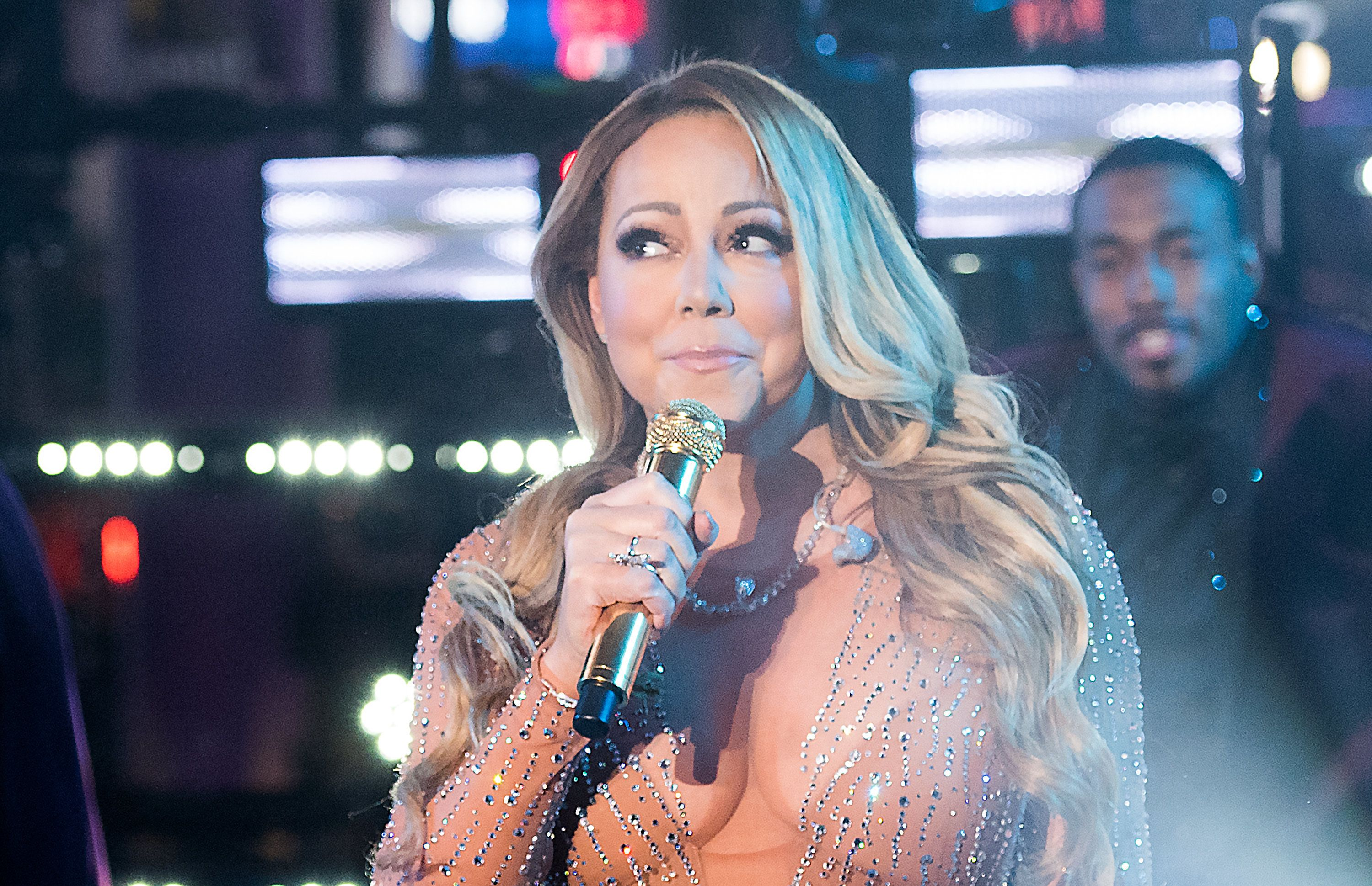 Mariah Carey Finally Addresses 'Mortifying' New Year's Eve