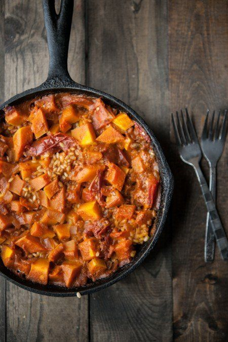 """<strong>Get the <a href=""""http://naturallyella.com/2012/11/07/curried-butternut-squash-and-brown-rice-skillet/"""" target=""""_blank"""