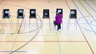 DURHAM, N.C - NOVEMBER 8:  A woman votes on November 8, 2016 in Durham, North Carolina. African American turn out to the polls was reporting low across the battleground state.  (Photo by Sara D. Davis/Getty Images)