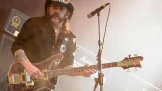 "Ian Fraser ""Lemmy"" Kilmister, lead singer of British rock band Motorhead, performs during the 24th Wacken Open Air Festival in  Wacken, August 2, 2013. More than 75,000 heavy metal fans visited the largest heavy metal festival in the world. REUTERS/Fabian Bimmer (GERMANY - Tags: SOCIETY ENTERTAINMENT)"