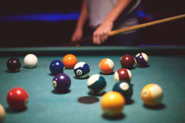 Take your date to the local billiards joint for a couple hours of shooting pool, Syrtash says. Anactivity-based first d