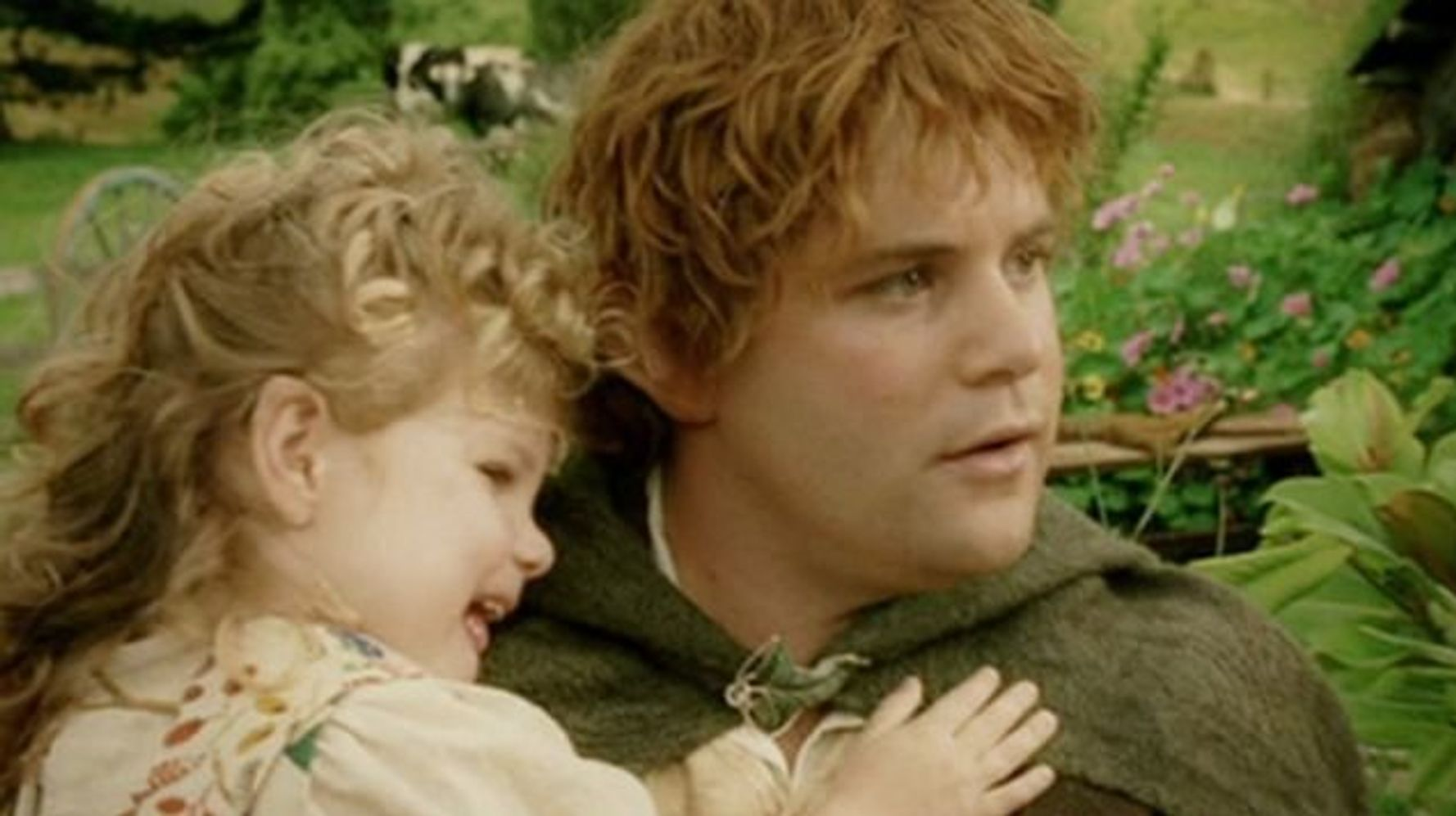 In Lord Of The Rings' last film, the little girl who played Sam's daughter was actually his daughter IRL.