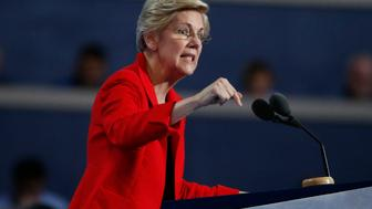 Senator Elizabeth Warren (D-MA) speaks at the Democratic National Convention in Philadelphia, Pennsylvania, U.S. July 25, 2016.   REUTERS/Lucy Nicholson