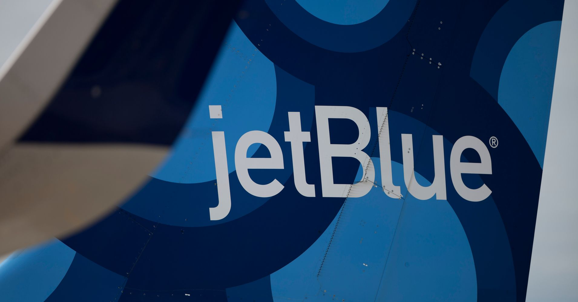 jetblue is offering 34 flights in a big 2 day flash sale huffpost life. Black Bedroom Furniture Sets. Home Design Ideas