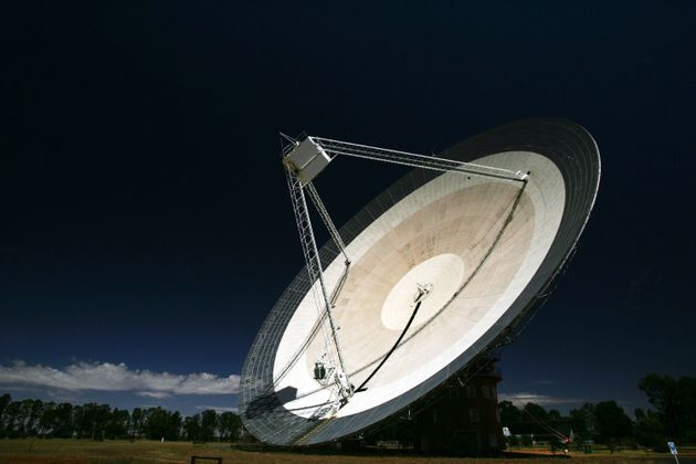 Fast radio burst tied to distant dwarf galaxy, and perhaps magnetar