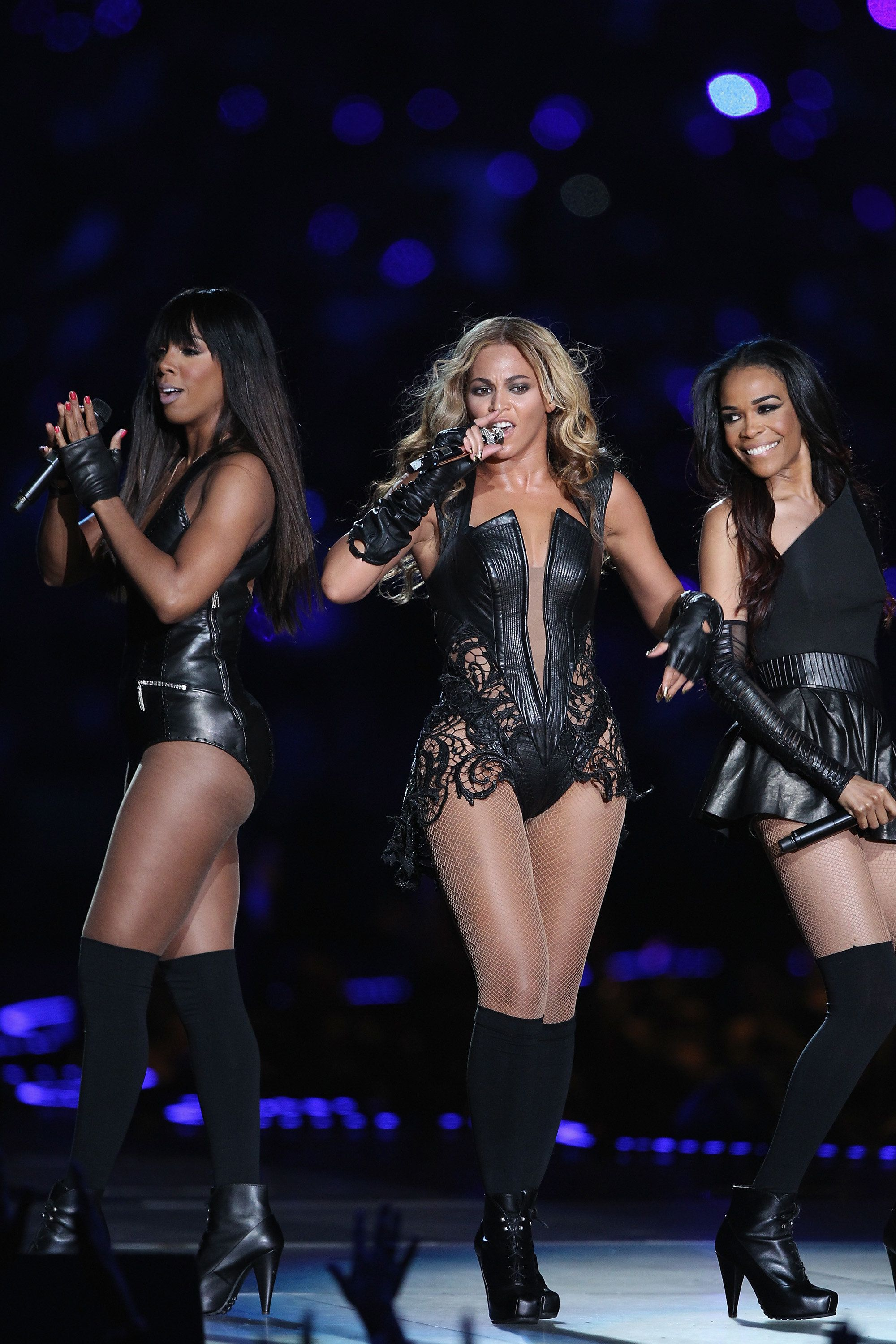 NEW ORLEANS, LA - FEBRUARY 03:  Destiny's Child Reunites to perform when Beyonce performs during the Pepsi Super Bowl XLVII Halftime Show at Mercedes-Benz Superdome on February 3, 2013 in New Orleans, Louisiana. (l to r:   Kelliy Rowland; Beyonce; Michelle Williams,)  (Photo by Al Pereira/WireImage)