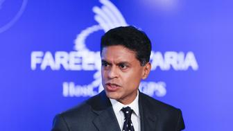 "Television journalist Fareed Zakaria hosts a group discussion on ""Business by Design: Business with Integrity"" during the second day of the Clinton Global Initiative 2012 (CGI) in New York on September 24, 2012. The CGI, which runs through September 25, was created by President Clinton in 2005 to gather global leaders to discuss solutions to the world's problems.          REUTERS/Lucas Jackson (UNITED STATES  - Tags: BUSINESS POLITICS EDUCATION HEADSHOT)"