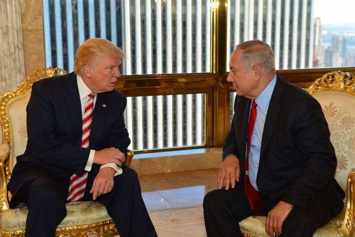 <p>Prime Minister Benjamin Netanyahu and Republican presidential candidate Donald Trump meeting at the Trump Tower in New York, September 25, 2016. </p>